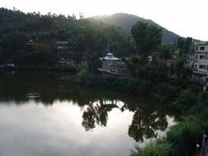 Ревалсар,  сакральное озеро Гуру Падмасамбхавы