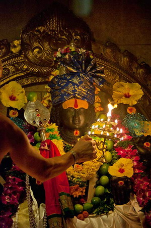 Садгуру Шивайя Субрамуниясвами: Бог и божества индуизма